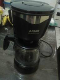 Ótima Cafeteira Arno!Semi Nova