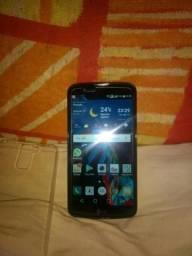 Vende-se este celular LG K10 Dourado