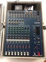 Mesa de Som Analógica Yamaha MG124c - 12 Canais + CASE