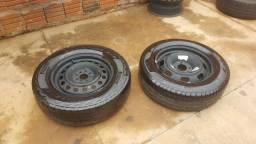 Estepes aro 15 um pneu novo e outro usado / valor 600$ rondonópolis mt