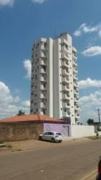 Apartamento com 3 quartos - Região Central
