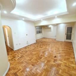 Apartamento com 3 quartos - Copacabana