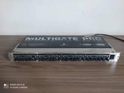 Multigate Behringer XR-4400