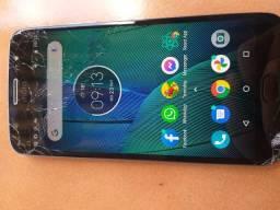 Moto G5s plus 32gb, tela trincada porém funcionando perfeitamente