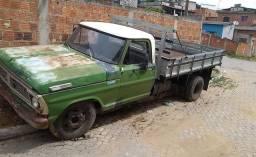 Caminhão 3/4 f 350 motor e caixa de Mercedes 608