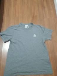 Blusa adidas original tamanho G
