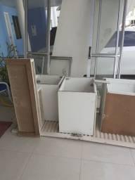 Porta de vidro móveis em Mdf essa porta de metal