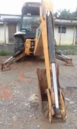 Retro escavadeira JCB 214e 2010