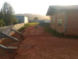 Lindo terreno em Balneário Piçarras, aceito carros no negócio