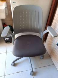Cadeira de escritório 250,00