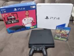 PS4 slim 1 T novo na caixa