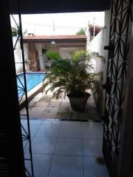 Alugo casa em paracuru com piscina