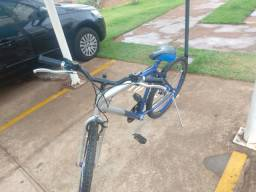 Bicicleta aro 26 por 250 (em ótimo estado)