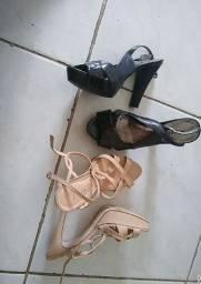 2 sandália por 35.00