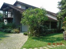 """Quarteirão Ingelhein: Bela Casa 4 Qtos, Jardim, Casa Caseiro: """" Area Nobre: Ac. Oferta """""""