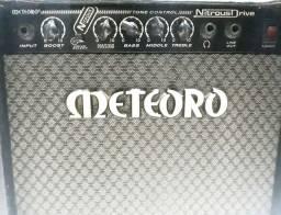 Amplificador Meteoro Nitrous Drive 30W + Cabo de Guitarra Santo Angelo 3,05m