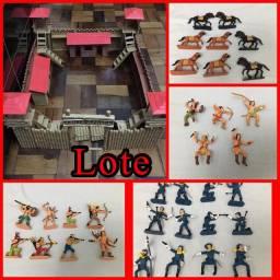 Brinquedo antigo Forte Apache