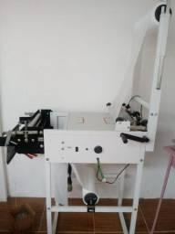 Kit para fabricação de fraldas descartaveis