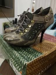Sapato Tanara 35 ankle boots novo