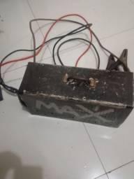 Carregador de bateria potente