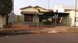 Casa residencial/comercial no centro de Cosmópolis-SP (CA0163)