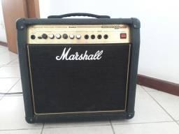 Amplificador Marshall Valvestate 2000