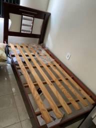 Vende-se cama sem colchão