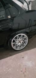 Roda 17 com pnel R$ 3000