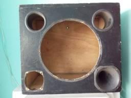 Caixa de som e tripé para caixa de som