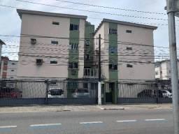Apartamento ao lado do Maceió Shopping 2/4