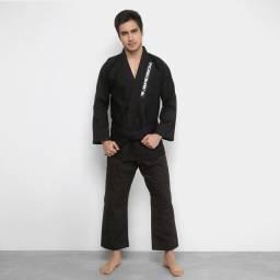 Vende-se kimono A3 na cor preta (BadBoy)