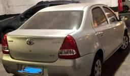 Toyota Etios 2016 1.5 manual 50 mil km apenas