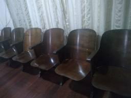 Poltrona/cadeira de cinema com 6 lugares em madeira maciça década de 50