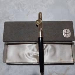 Caneta Tinteiro Parker 61 Preta / Dourada. Anos 50.