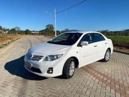 Corolla Altis Branco 2.0