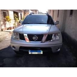 Nissan Frontier LE 2011 Diesel