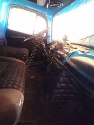 Caminhão Mercedez Benz 1113