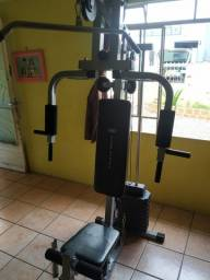 Estação de musculação atlhetic Works seminovo . Peito costas bicipes tricipes e pernas