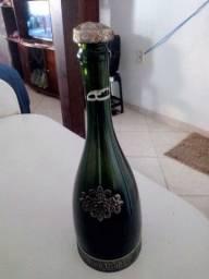 Raridade Garrafa Trabalhada para Vinho