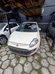 Veículo Fiat Punto Attractive 2016