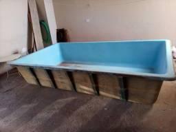 Vendo linda piscina apenas 800,00