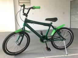 Bicicleta média aro 20 verde