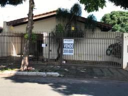 Casa à venda com 3 dormitórios em Setor dos funcionários, Goiânia cod:1256