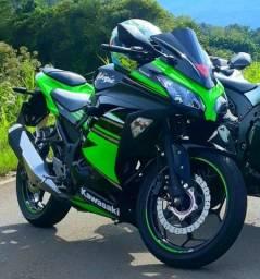 Kawasaki ninja 300.Nova 10.000km.Com acessórios.