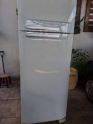 Vende-se geladeira Electrolux frost free