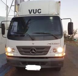 Mercedes benz accelo 1016 ano 2013