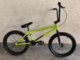 Bicicleta BMX Sunday primer 2018