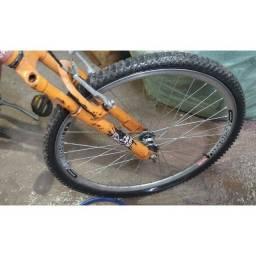 Vendo bicicleta tá do geito da foto andando normal