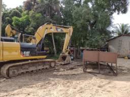 Escavedeira  hidráulica  cat 318D