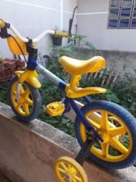 Vendo bicicleta  de criança 50 reais